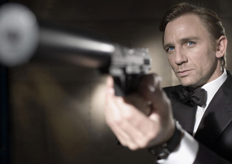 Casino Royale (2006) header image